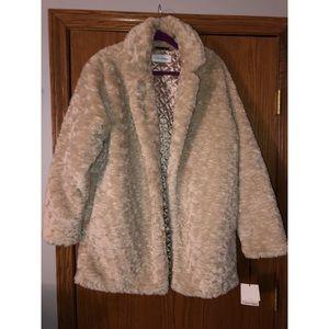 NWT Women's Calvin Klein Faux Fur Coat